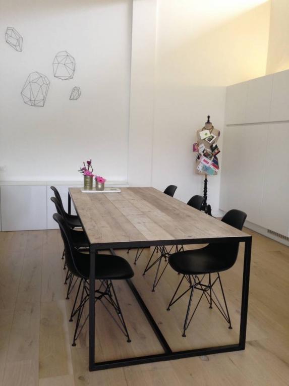 Steigerhouten tafel met dune stalen frame tafels www for Table design 3 metres